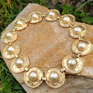 Vtg Chunky Pearl Disc Medallion Collar Necklace